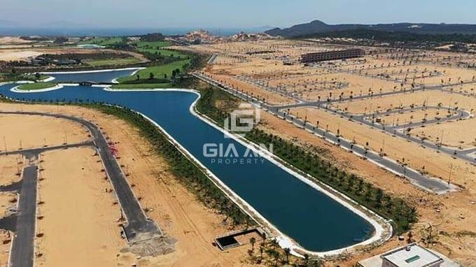 Hình ảnh thực tế từ dự án nhà phố biển Para Grus đang triển khai giai đoạn nhà phố xây sẵn.