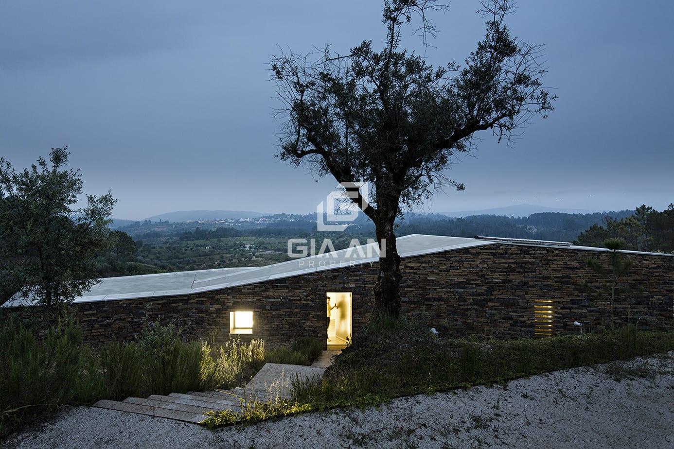 Không gian nghỉ dưỡng thoáng đẹp trên sườn đồi ở Bồ Đào Nha - 27