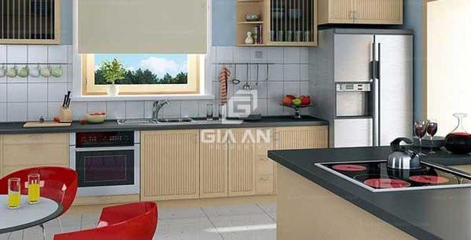 Tủ bếp có cửa sổ giúp phòng bếp luông thoáng khí và sạch sẽ